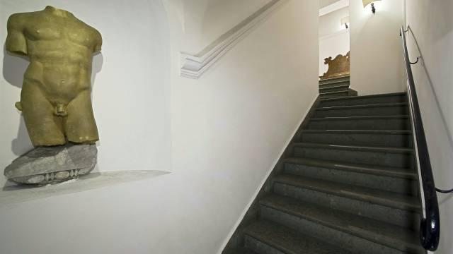 отель-ducadalba-люкс-вход-01